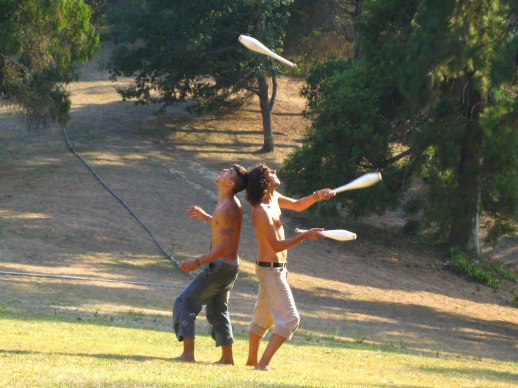 juggling-1437789